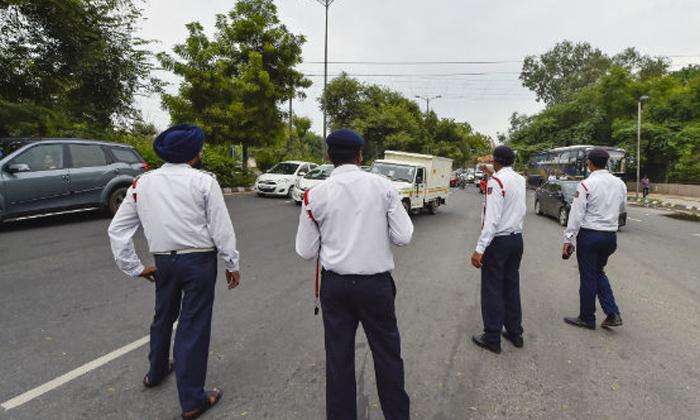 Telugu Delhi In Noida City Bus Owner, New Motor Vehicle, Noida Bus Owner, -