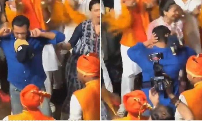 గణేష్ నిమజ్జనానికి తీన్మార్ స్టెప్పులు వేసిన సల్లు భాయ్-Movie-Telugu Tollywood Photo Image