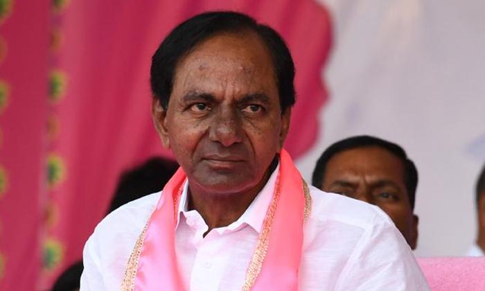 'కారు'లో కుదుపులు మొదలయ్యాయా కేసీఆర్ రిపేర్ చెయ్యడా -Political-Telugu Tollywood Photo Image