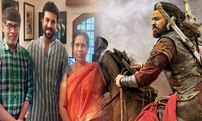 ఉయ్యాలవాడ వంశస్థులు కొందరు అలా, మరికొందరు ఇలా-Movie-Telugu Tollywood Photo Image