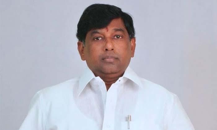 పవన్కు బ్యాక్ టు బ్యాక్ షాక్ టు షాక్-Latest News-Telugu Tollywood Photo Image