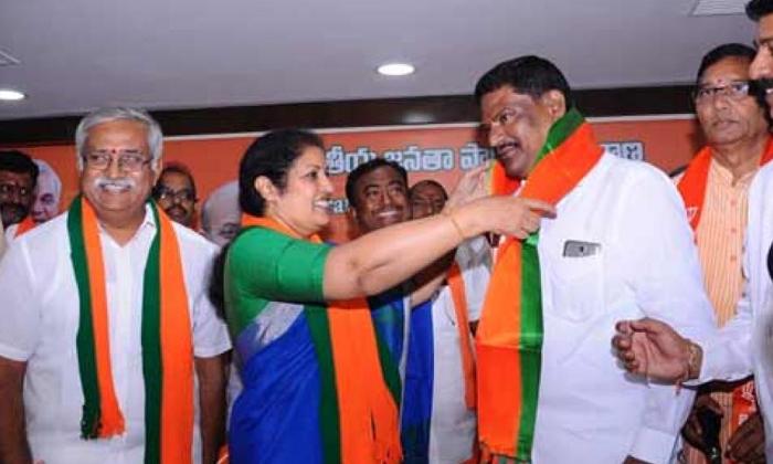 Telugu Akula Satyanarayana, Chandrababu Naidu, Jagan, Jagan Ready To Give The Shock To Janasena And Tdp Parties, Tdp, Ycp Jagan Mohan Reddy-Telugu Political News