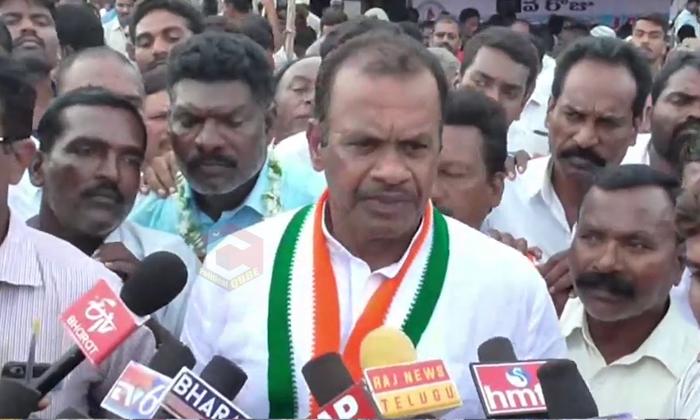 కేసీఆర్ విషయంలో జగన్కు కోమటిరెడ్డి సలహా-Political-Telugu Tollywood Photo Image