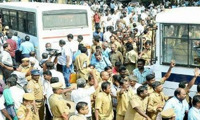 Why Harish Rao Silent In Rtc Strike-high Court,telangana Rtc Telugu Political Breaking News - Andhra Pradesh,Telangana Partys Coverage Why Harish Rao Silent In Rtc Strike-high Court Telangana-Why Harish Rao Silent In RTC Strike-High Court Telangana Rtc
