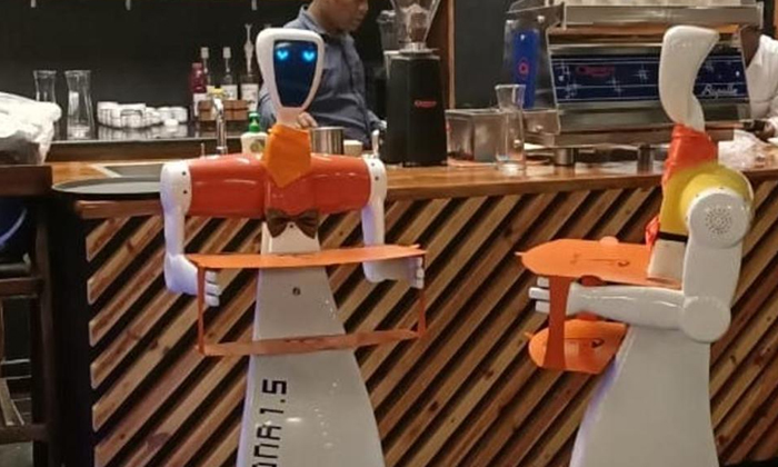 Telugu India Robots, Odisha Made In India Robots To Serve Food At This Bhubaneswar Restaurant, Present Genaration Human Depend On The Robots, Robots Helps In Human And They Are Work With Human, Robots Serve For Customers-