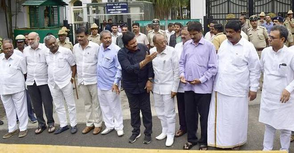 Telugu Disqualification Of 17 Karnataka Mla\\'s, Karnataka Politics, Supreme Court, Yadurappa-Telugu Political News