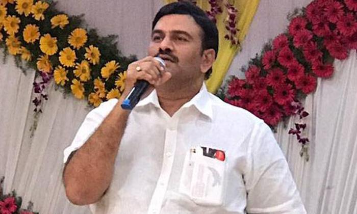 Telugu Ap Cm Jagan Mohan Reddy, Raghu Rama Krishnam Raju, Y.v. Subba Reddy, Ycp Chief Jagan Mohan Reddy, Ycp Mp Raghu Rama Krishnam Raju, -
