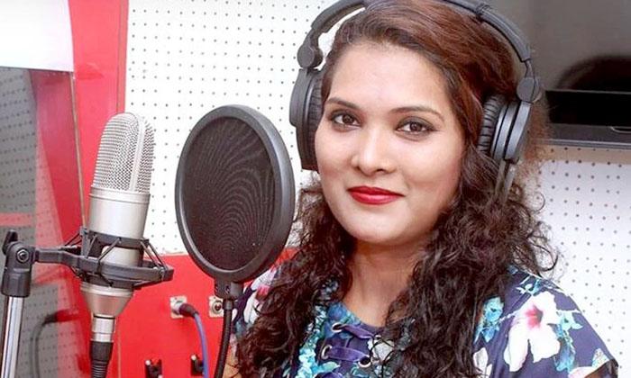 Telugu Geeta Mali, Maharashtra, Marathi Singer, Road Accident, Singer Geeta Mali-