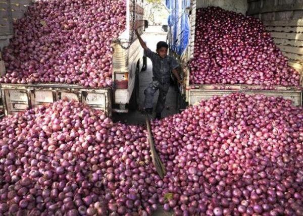 Telugu A Anion Farmer Emotional, Memes On Soaring Onion Prices, Onion Price Memes, Social Media-