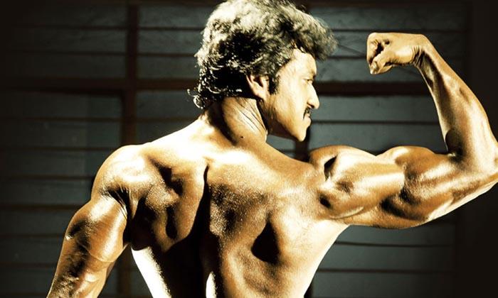 Senior Director Imandhi Ramarao Doing Sensational Comments On Sunil Six Pack Body-Sunil Sunil And Mahesh Babu Health News Latest Six-pack Body Tollywood