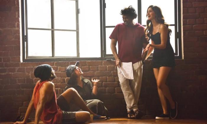 Telugu \\'student Of The Year 2\\', Ananya, Ananya Pandey, Karan Johar, Puri And Charmee Kaur, Rowdy Boy Vijay Devarakonda, Sri Devi\\'s Daughter Janhvi Kapoor, Vijay, World Famous Lover-Movie-English