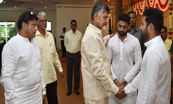 Telugu Chandrababu Latest Update, Chandrababu Naidu, , Chandrababu Naidu Son Lokesh Babu, Lokesh Babu In Tdp, Tdp Ap, Tdp Chief Chandrababu Naidu, Ycp-Political