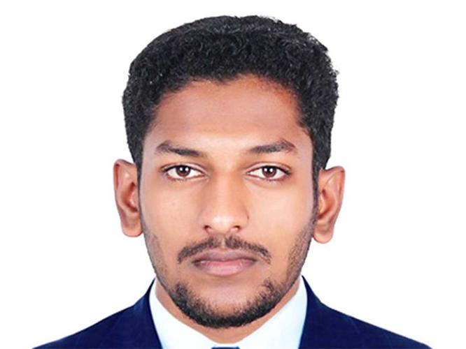Telugu Dubai, Engineer, Indian, Nri, Telugu Nri News, Worksite