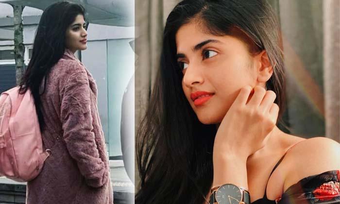 Beauty Megha Akash Photos - Telugu , Megha Akash, Megha Akash Images, Megha Akash Latest Photos, Megha Akash Photos, Meg High Resolution Photo