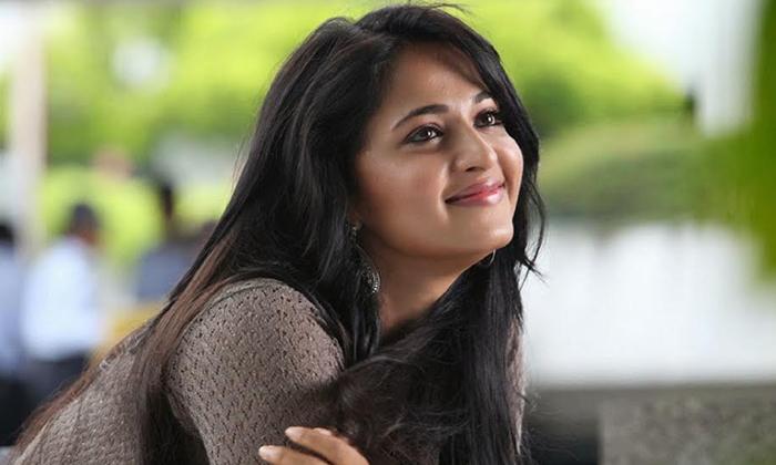 Anushka Shetty Under Consideration For Senior Director's Comeback - Telugu Devadasi Tradition Nagarathamma Biopic Singeetam Srinivasarao