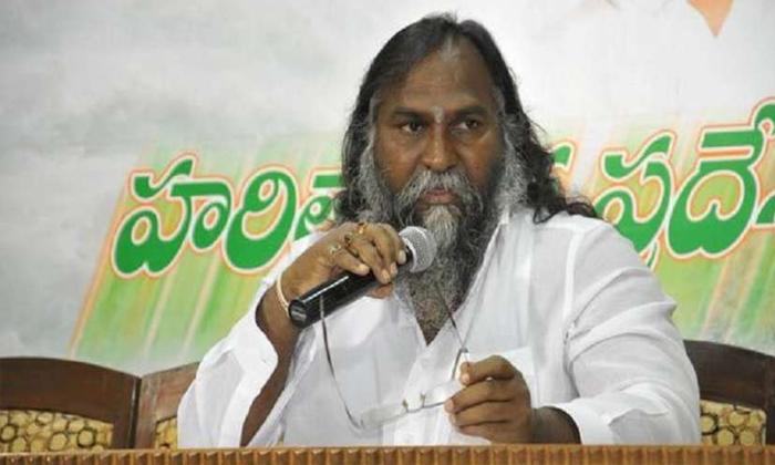 రేవంత్ చేసిన పనికి కాంగ్రెస్కు సంబంధం లేదు-Political-Telugu Tollywood Photo Image