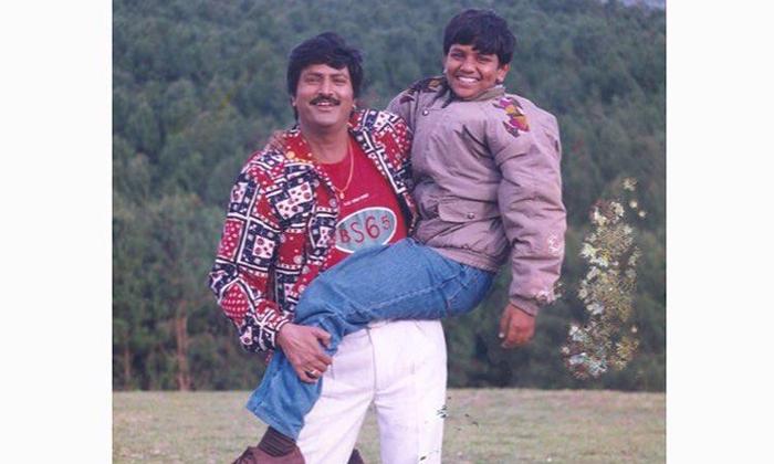 Manoj Shares A Nostalgic Picture Of His Dad-Latest News English-Telugu Tollywood Photo Image