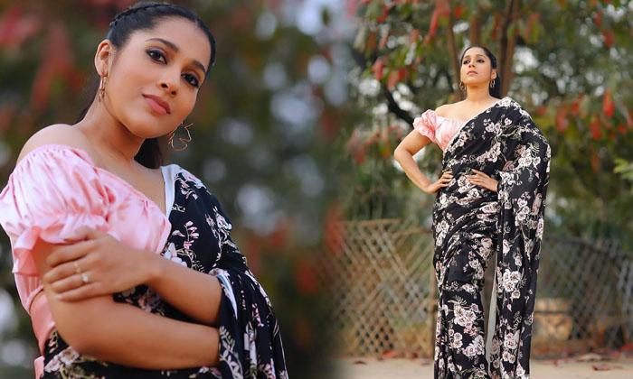 Rashmi Gautam Stunning In Saree Images - Telugu Extra Jabardasth Anchor Rashmi Gautam, Rashmi Gautam Glamour Images Beauty Rashmi Gautam, Rashmi Gautam Latest Images, Rashmi Gautam Latest Photos, Rash High Resolution Photo