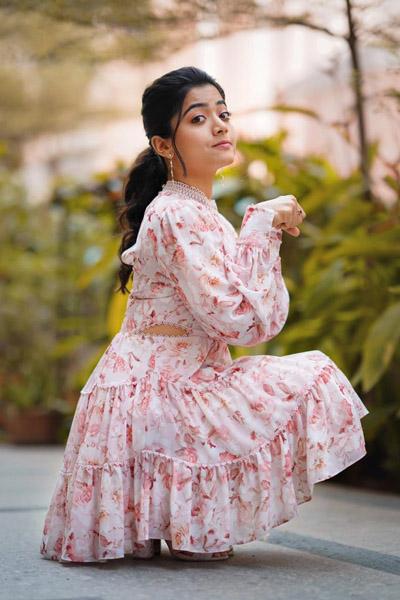 Telugu Rashmika, Rashmika\\'s Open Offer To New Young Talent