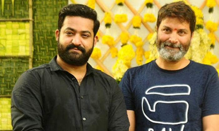 ఈసారి త్రివిక్రమ్ కూడా పాన్ ఇండియా అంటున్నాడు-Breaking/Featured News Slide-Telugu Tollywood Photo Image