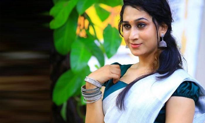 ఈ అందమైన హీరోయిన్ ఓ హిజ్రా అని మీకు తెలుసా…-Latest News-Telugu Tollywood Photo Image