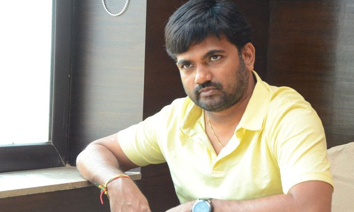 TeluguStop.com - వెబ్ సిరీస్ లపై దృష్టిపెట్టిన మారుతి-Movie-Telugu Tollywood Photo Image