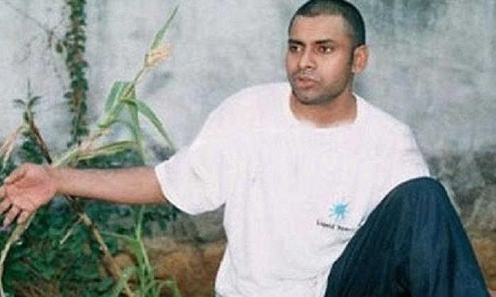 అప్పట్లో పవన్ కళ్యాణ్ గుండు ఎందుకు కొట్టించుకున్నాడో తెలుసా…-Latest News-Telugu Tollywood Photo Image
