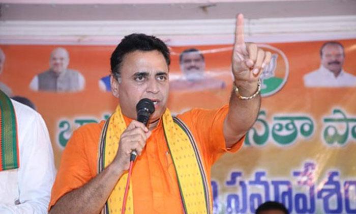 బీజేపీ వైపు నుంచి జగన్ కి ప్రమాద ఘటికలు సునీల్ దియోధర్ హెచ్చరికలు-Political-Telugu Tollywood Photo Image