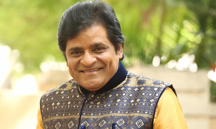 టాలీవుడ్ లోకి ఎంట్రీ ఇస్తున్న టాప్ కామెడియన్ కూతురు…-Latest News-Telugu Tollywood Photo Image