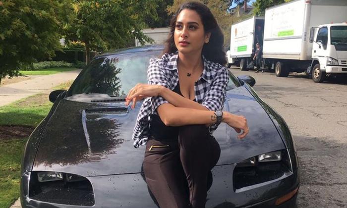 Telugu Actress Surekha Vani, Tollywood Actress Surekha Vani, Tollywood Actress Surekha Vani Counter To The Netizen, Tollywood Actress Surekha Vani News-Movie