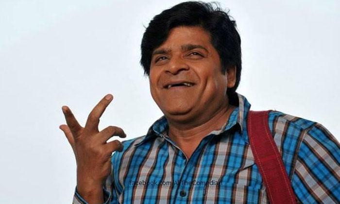 కరోనాఎఫెక్ట్: భార్య చెప్పిన పని బుద్దిగా చేస్తున్నకమెడియన్…-Latest News-Telugu Tollywood Photo Image