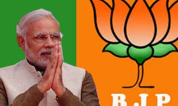 చప్పట్లు,దీపాలు అయిపోయాయి, ఇప్పుడు మోడీజీ మరో కొత్త టాస్క్-Breaking/Featured News Slide-Telugu Tollywood Photo Image