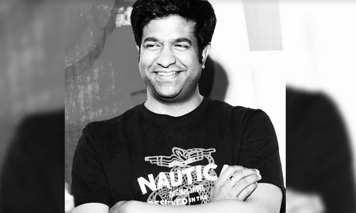 Star Comedian Taking Online Courses In Lockdown-Movie-English-Telugu Tollywood Photo Image