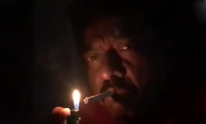 అందరూ లైట్లువెలిగిస్తే… రామ్ గోపాల్ వర్మ ఏం వెలిగించాడోతెలుసా…-Latest News-Telugu Tollywood Photo Image