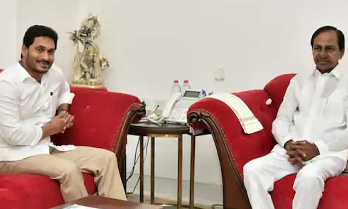 కేసీఆర్ జగన్ భేటీ కేంద్రం మధ్యవర్తిత్వం -Latest News-Telugu Tollywood Photo Image