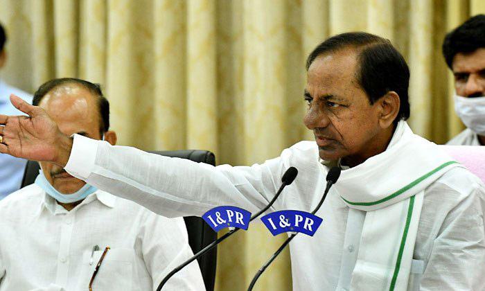 స్నేహమా శత్రుత్వమా తేల్చుకోలేకపోతున్న కేసీఆర్ -Political-Telugu Tollywood Photo Image