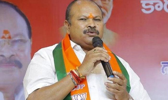 బీజేపీకి చేసిందేంటి : కన్నా మిగతా వారికంటే మిన్నేనా -Latest News-Telugu Tollywood Photo Image