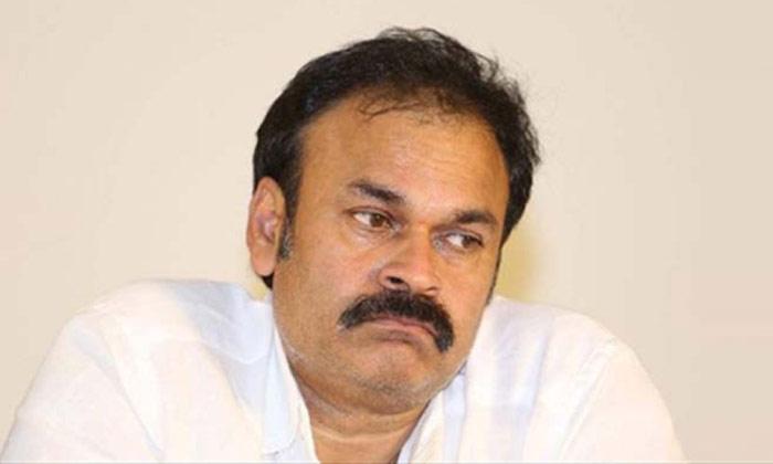 నాగబాబు సెగ మామూలుగా లేదే పవన్ పై బీజేపీ గుర్రు -Political-Telugu Tollywood Photo Image