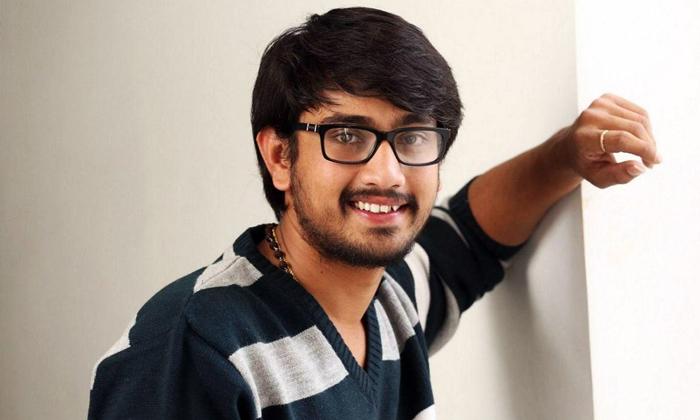 ఆగస్టులోనే విడుదల పెట్టుకుంటున్న బుజ్జిగాడు-Breaking/Featured News Slide-Telugu Tollywood Photo Image