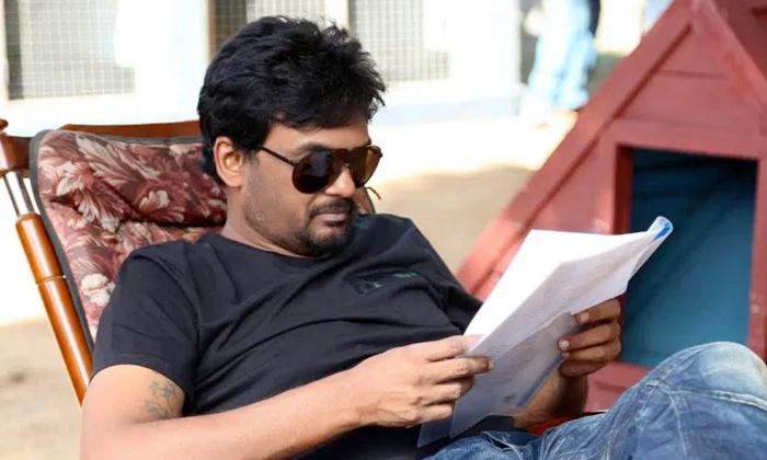 ఆ క్రేజీ డైరెక్టర్తో మూడోసారి జతకడుతున్న ప్రభాస్-Breaking/Featured News Slide-Telugu Tollywood Photo Image