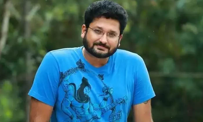 తన కుటుంబం కోసం ఆ హీరో తన ప్రియురాలిని కూడా వదులుకున్నాడట…-Latest News-Telugu Tollywood Photo Image