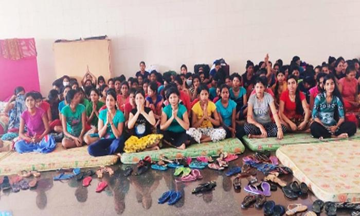రీల్ హీరోలకు కాదు.. రియల్ హీరోకు భారతరత్న ఇవ్వాలి-Breaking/Featured News Slide-Telugu Tollywood Photo Image