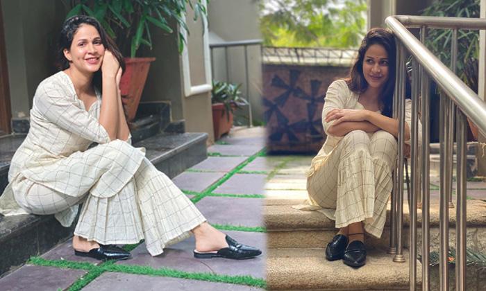 Lavanya Tripathi Beautiful Images -లావణ్య త్రిపాఠి అందమైన ఫొటోస్-lavanya Tripathi Beautiful Images -లావణ్య త్రిపాఠి అందమైన ఫొటోస్ - Telugu Lavanya Tripathi Actress, Lavanya Tripathi Beautiful Images High Resolution Photo