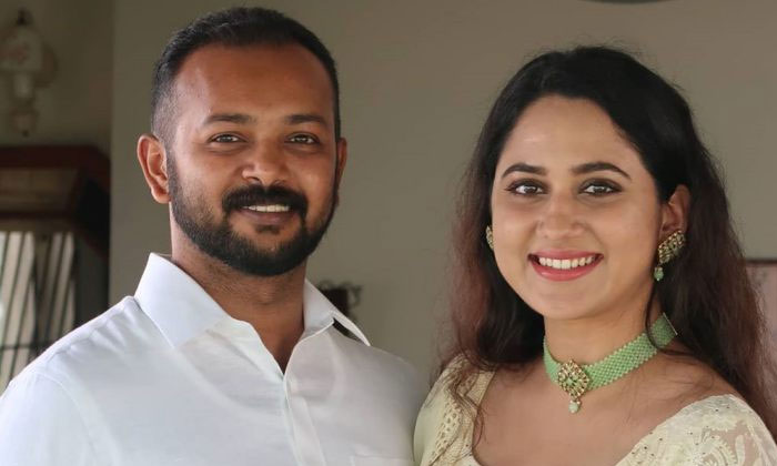 వ్యాపారవేత్తని పెళ్లాడనున్న సునీల్ హీరోయిన్-Movie-Telugu Tollywood Photo Image