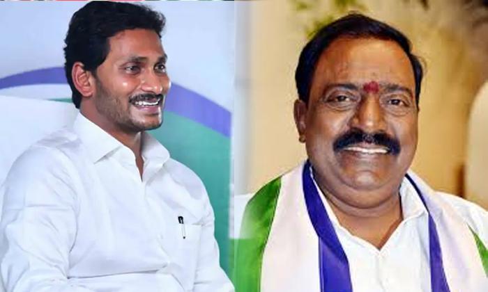 మరో వైసీపీ ఎంపీ అసంతృప్తి గానం -Breaking/Featured News Slide-Telugu Tollywood Photo Image