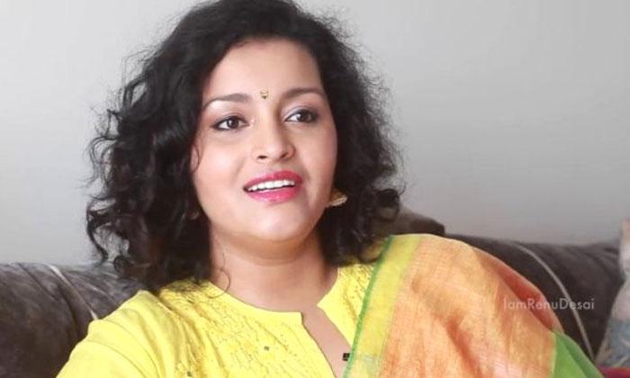 మేజర్ సినిమాలో తాను నటించడం లేదన్న రేణు దేశాయ్-Movie-Telugu Tollywood Photo Image