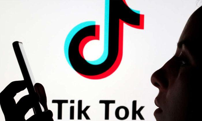 అయ్య బాబోయ్.. టిక్ టాక్ మన సమాచారం మొత్తం కాపీ చేసేస్తుందిగా …-General-Telugu-Telugu Tollywood Photo Image
