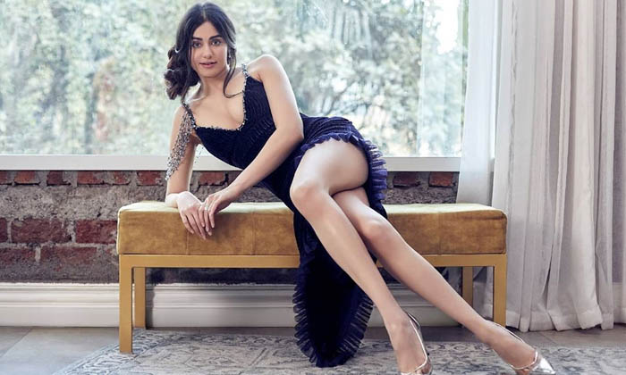 Actress Adah Sharma Adorable Looks-telugu Actress Hot Photos Actress Adah Sharma Adorable Looks - Telugu Anandhi Sharma High Resolution Photo
