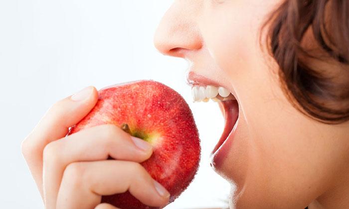Telugu Apple, Eat Apple, Health, Health Problems, Health Tips, Immunity Power, Latest News, Night-