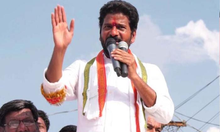 ఆ విషయంలోనూ రేవంత్ దూకుడు కేసీఆర్ కు ఇబ్బందే -Political-Telugu Tollywood Photo Image